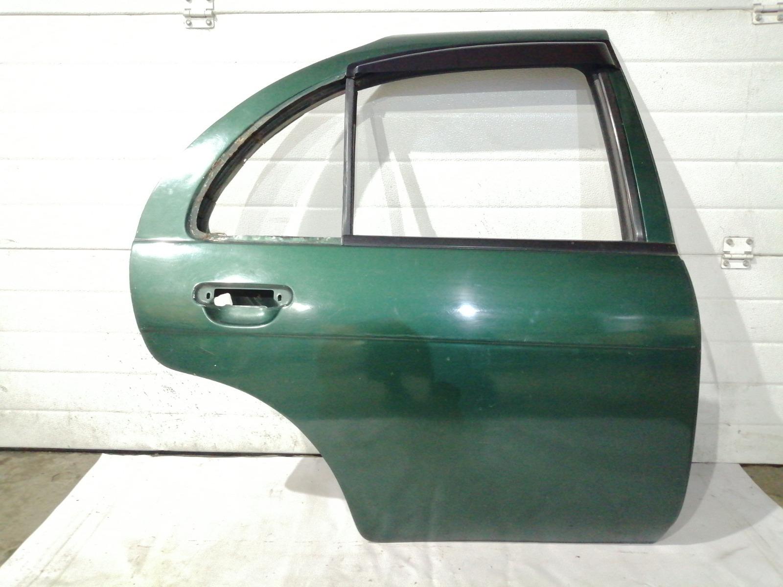 Дверь Nissan Pulsar FN15 GA15DE 1999 задняя правая