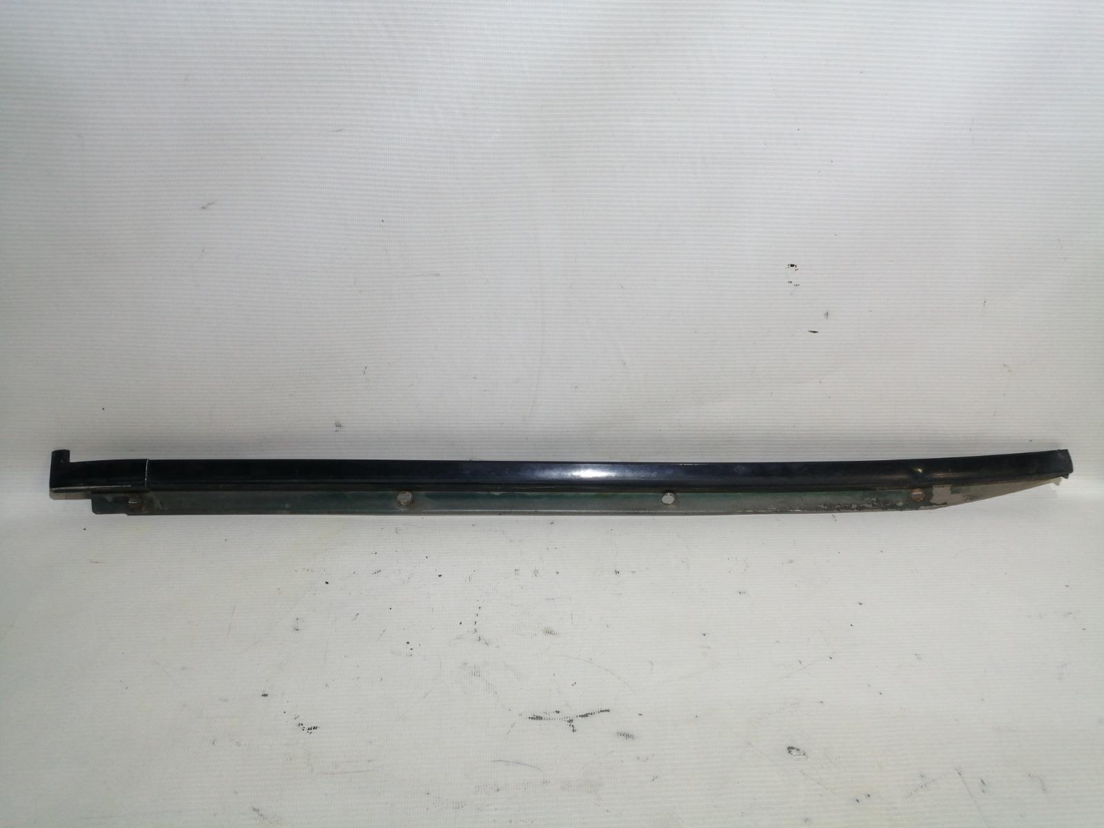 Молдинг лобового стекла Nissan Pulsar FN15 GA15DE 1999 правый