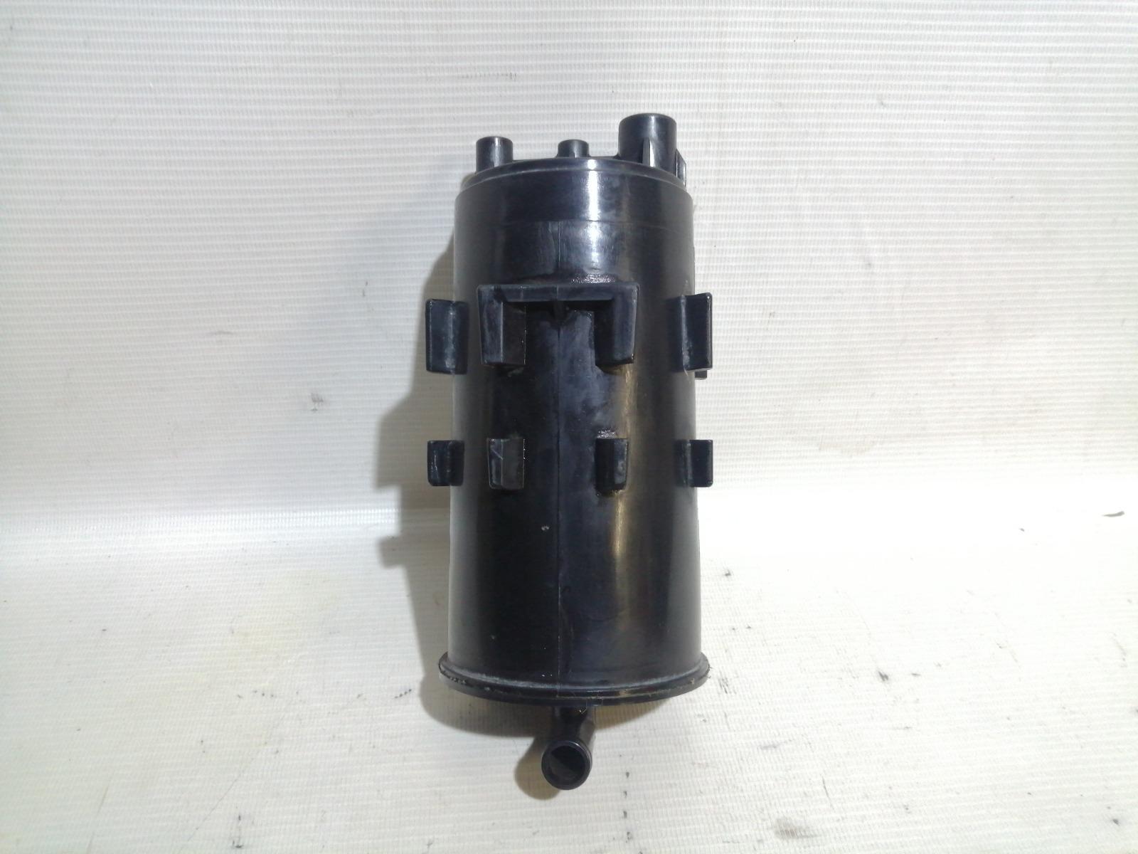 Фильтр паров топлива Mitsubishi Mirage CM2A 4G15 2000