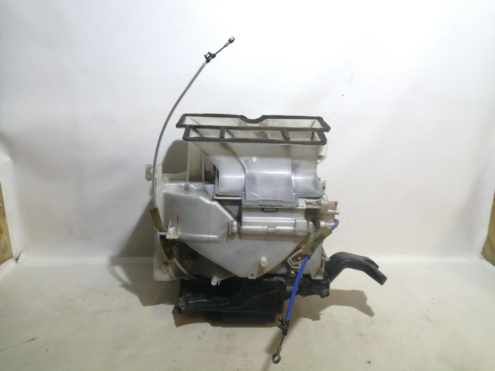 Корпус отопителя Mitsubishi Mirage CM2A 4G15 2000