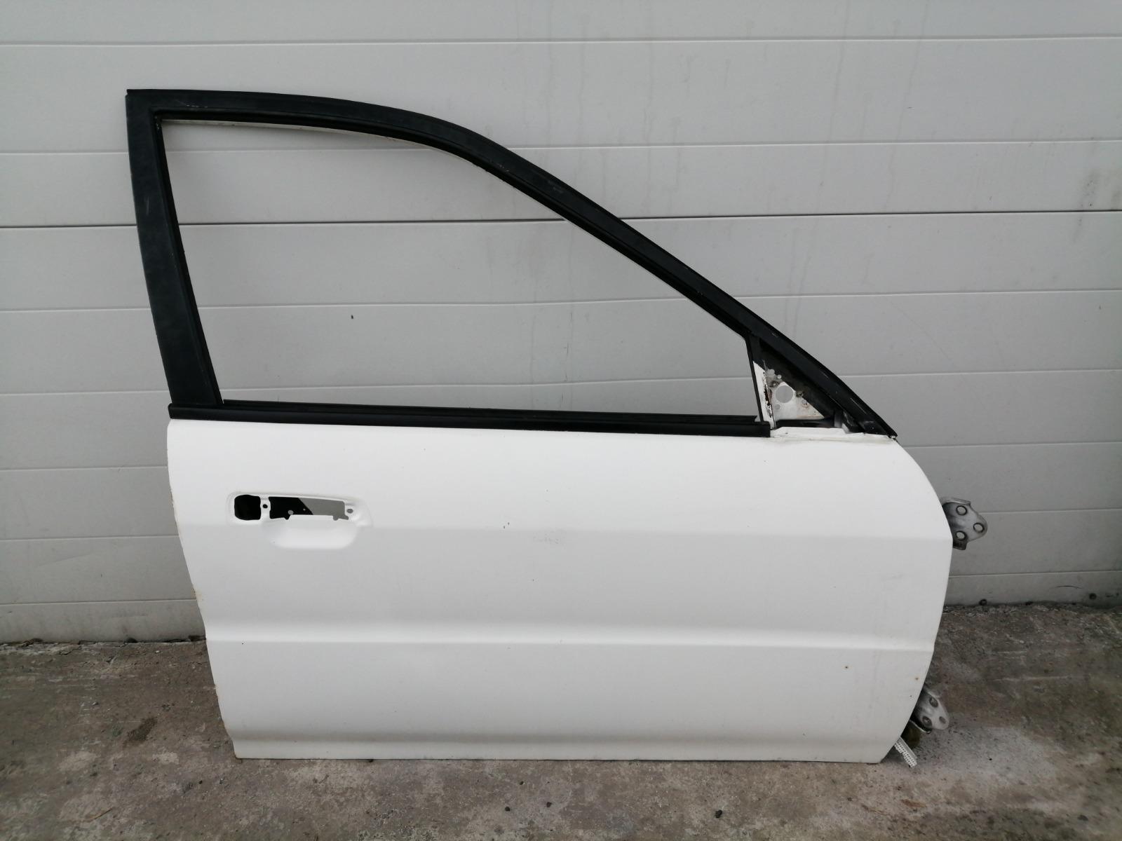 Дверь Mitsubishi Mirage CM2A 4G15 2000 передняя правая