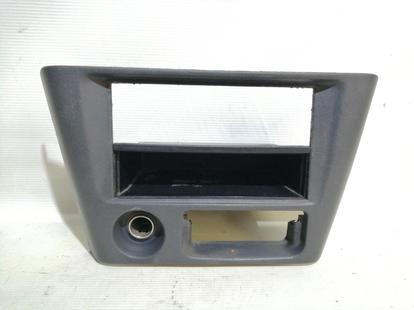 Рамка магнитолы Mitsubishi Mirage CM2A 4G15 2000
