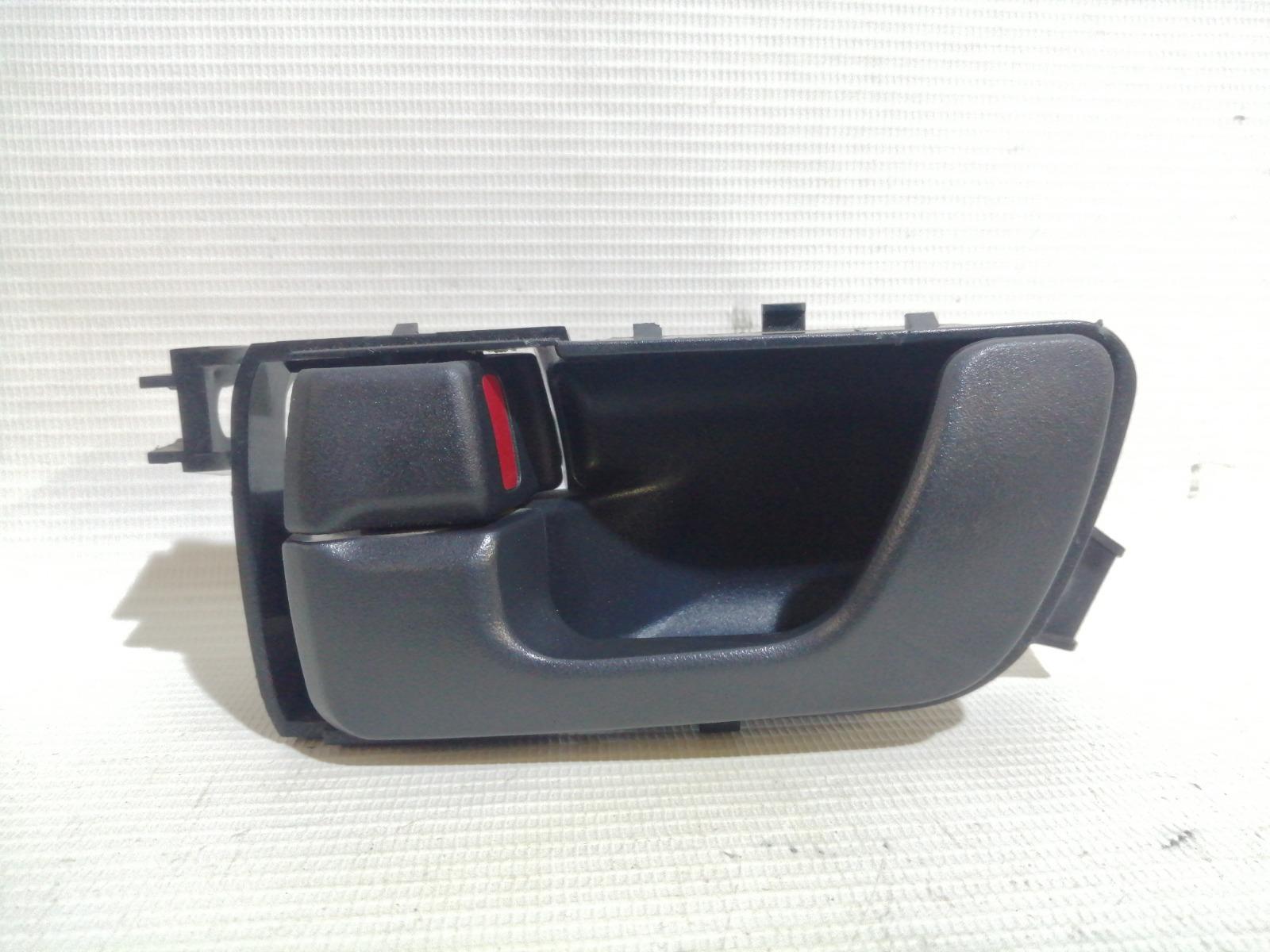 Ручка двери внутренняя Mitsubishi Pajero V65W 6G74 2003 передняя левая