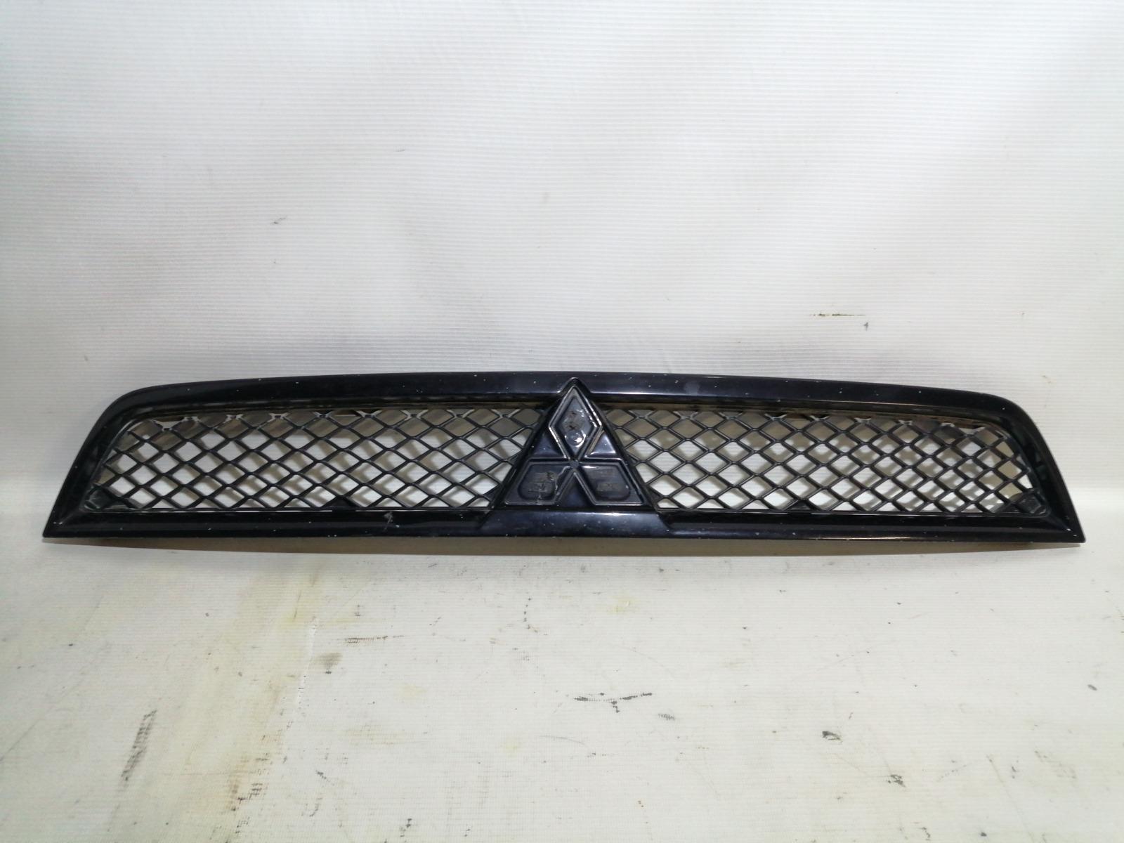 Решетка радиатора Mitsubishi Lancer CY4A 4B11 2008