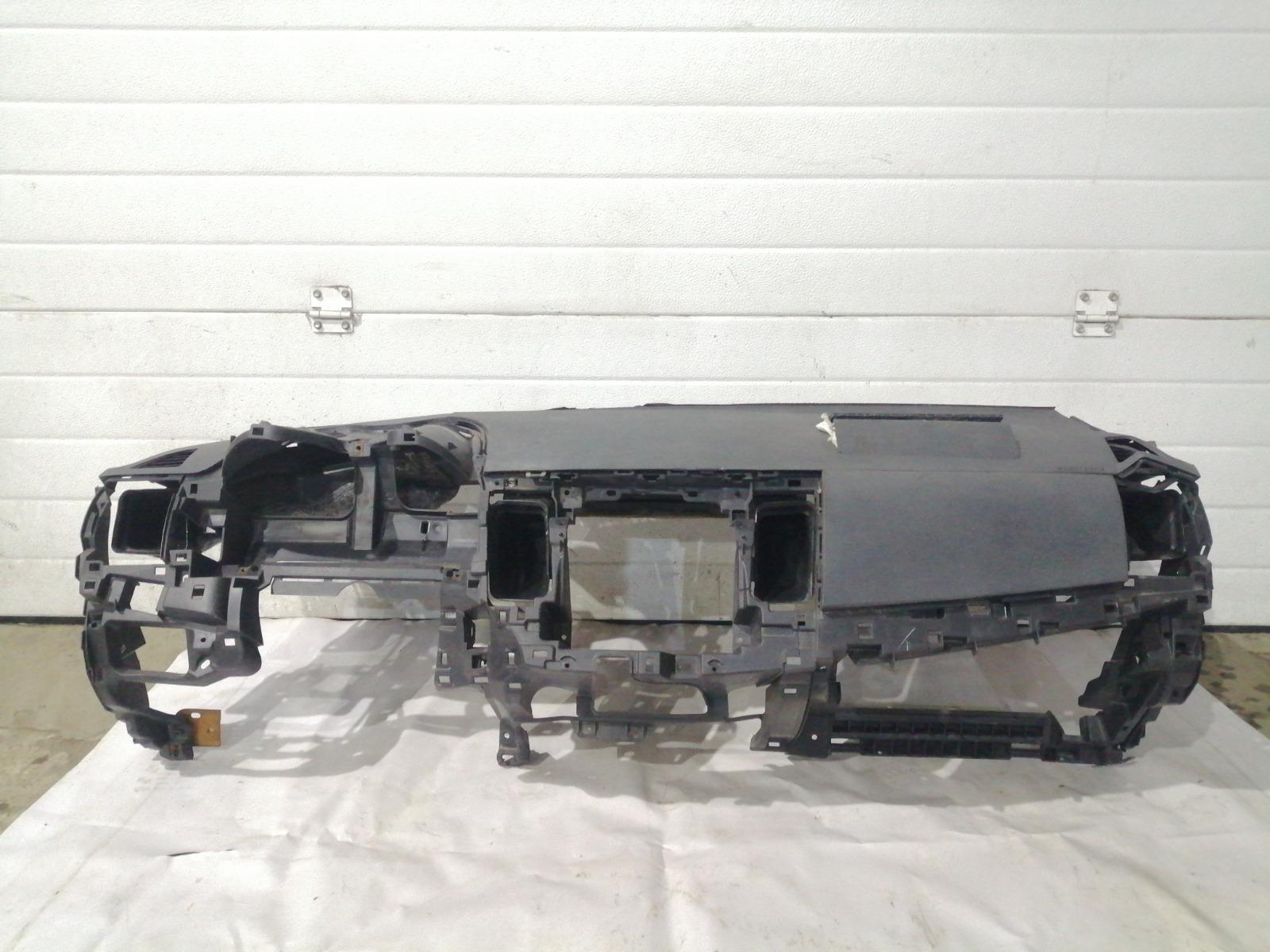 Панель приборов (торпеда) Mitsubishi Lancer CY3A 4B10 2008 задний