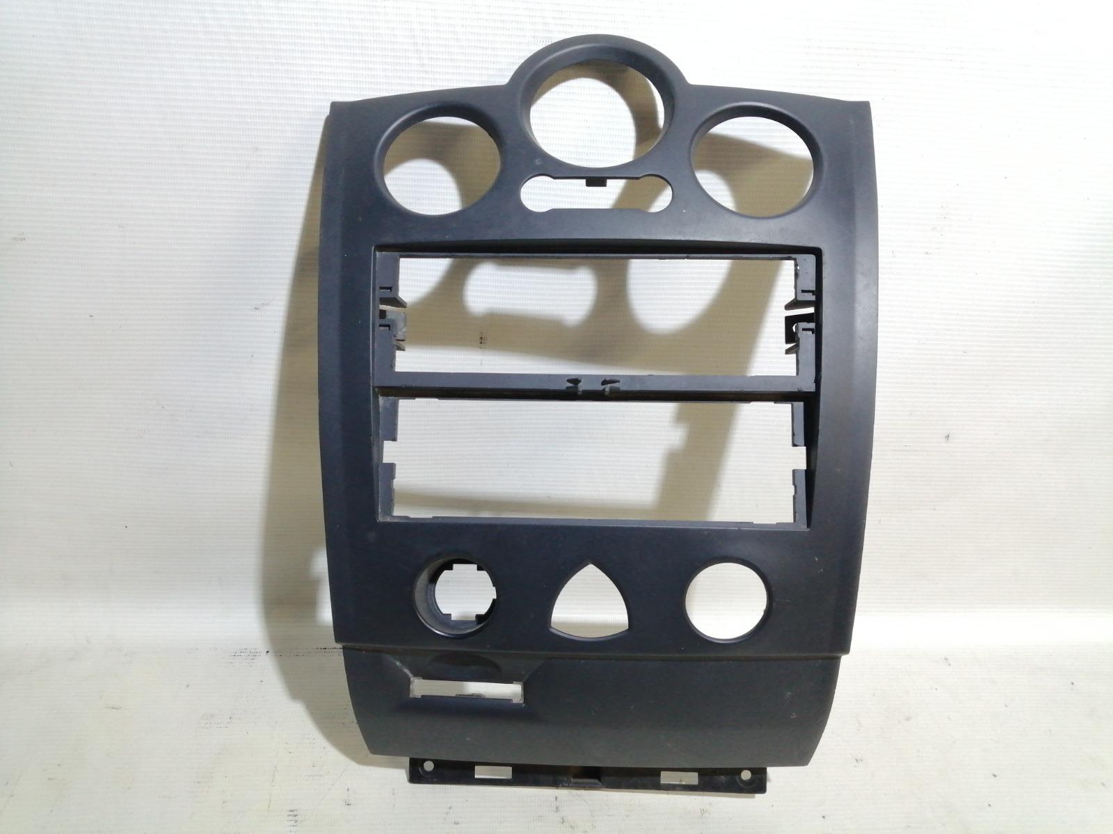 Рамка магнитолы Renault Megane Ii BM K4J 2002