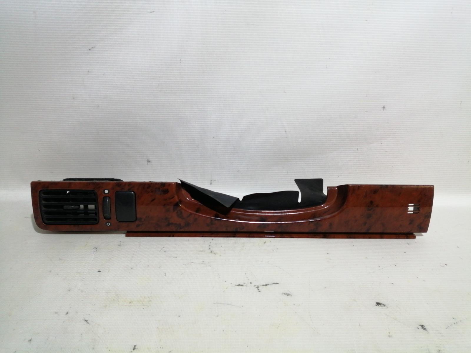 Накладка консоли Nissan Bluebird U13 GA16DS 1991