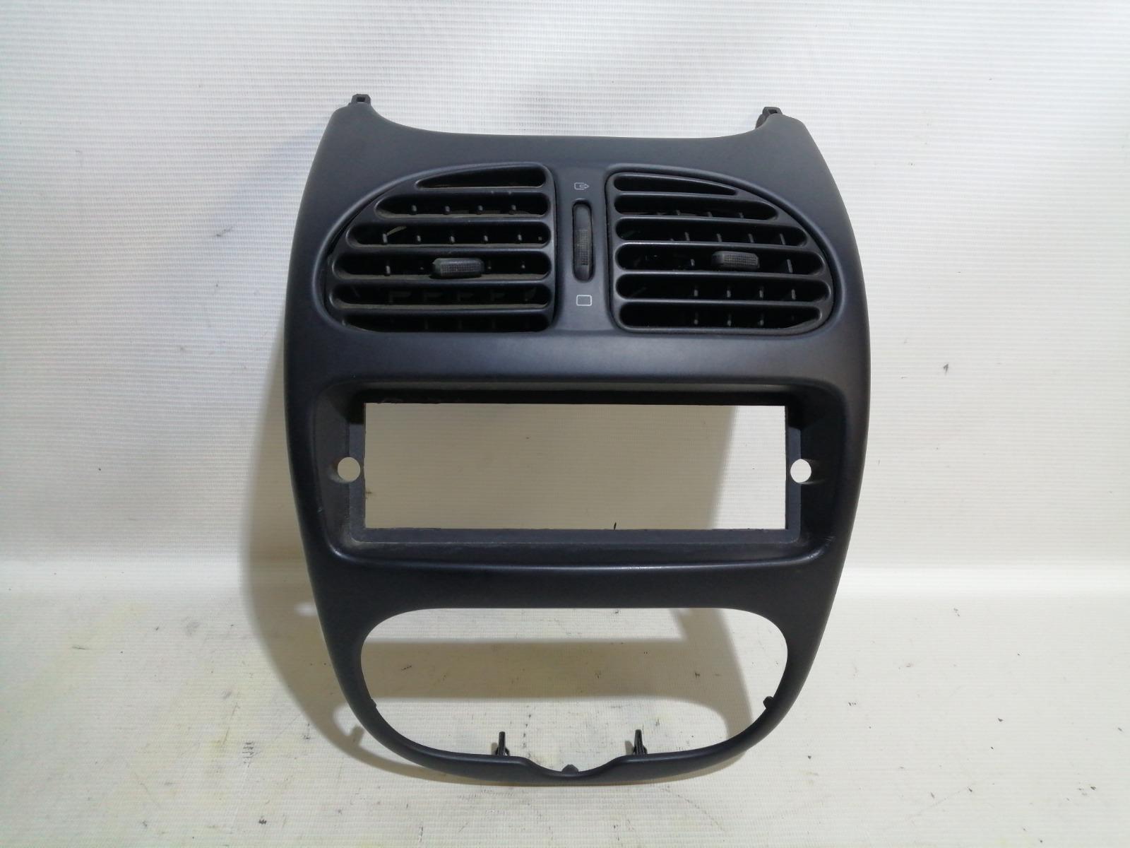 Рамка магнитолы Peugeot 206 2A/C TU1JP 2005