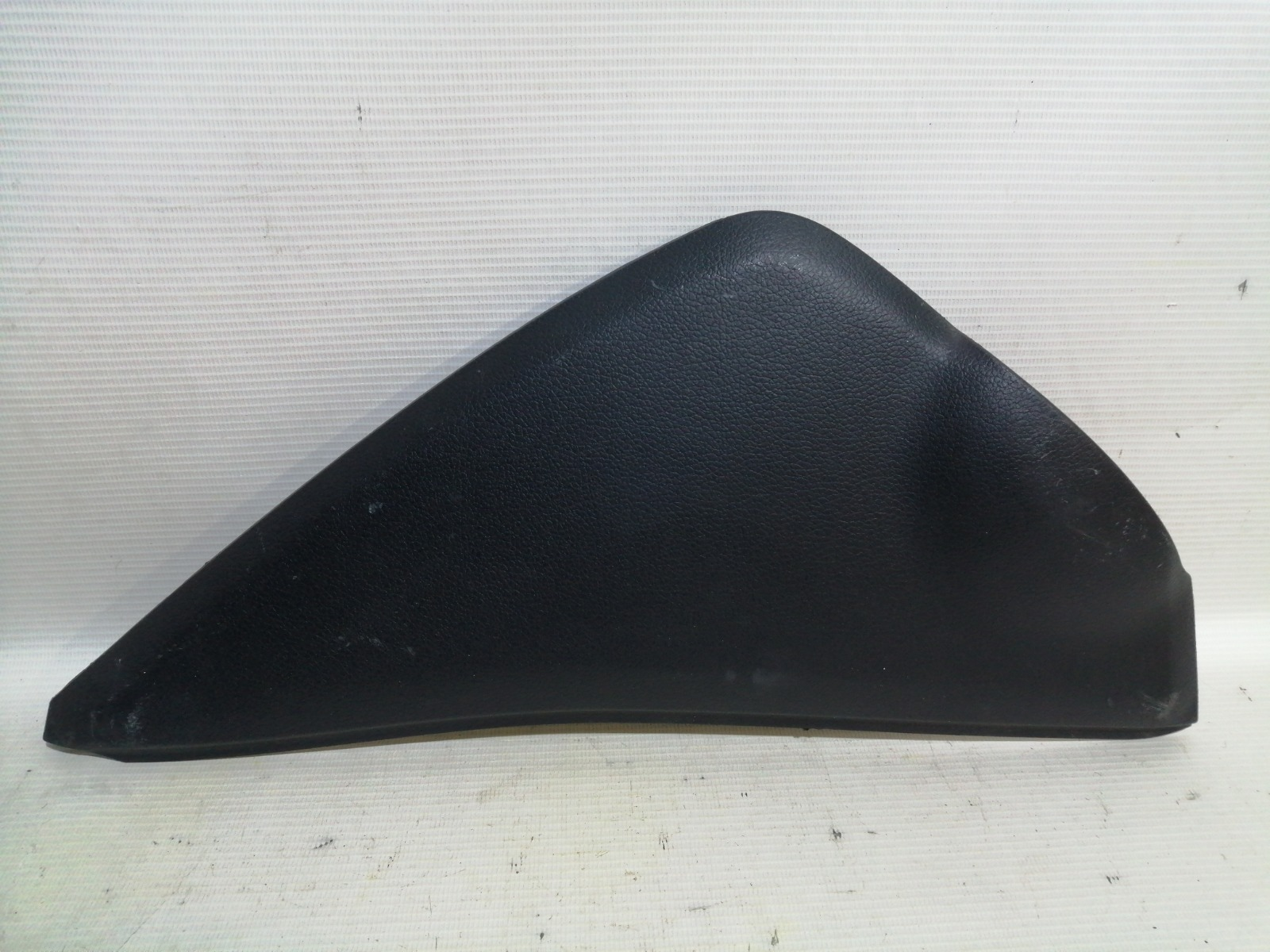Накладка декоративная c торца торпеды правая Hyundai Solaris RB G4FA 2010 правая