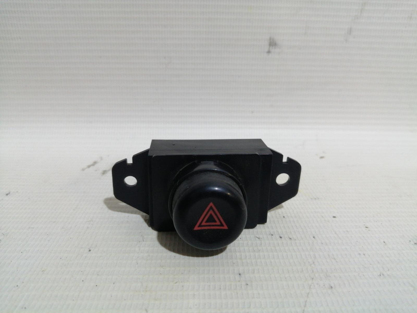 Кнопка включения аварийной сигнализации Mitsubishi Lancer CK5A 4G93 1998