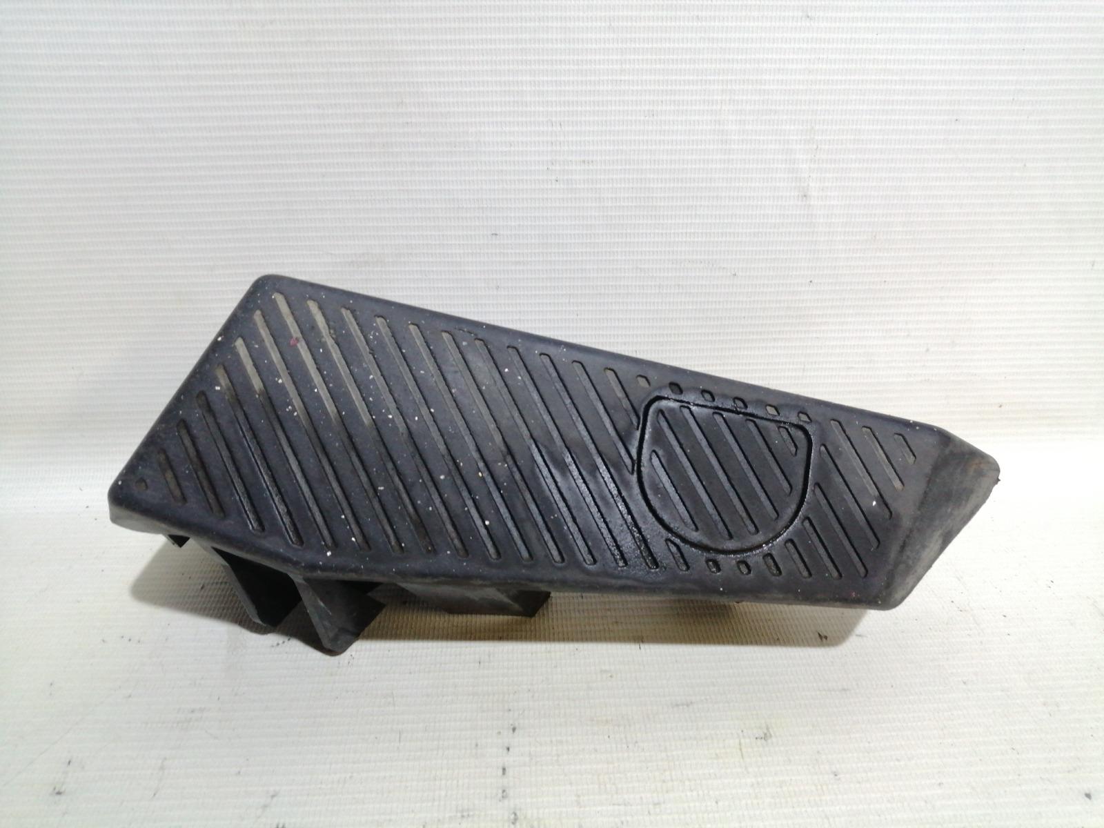 Упор для ноги Mitsubishi Lancer CK5A 4G93 1998 правый