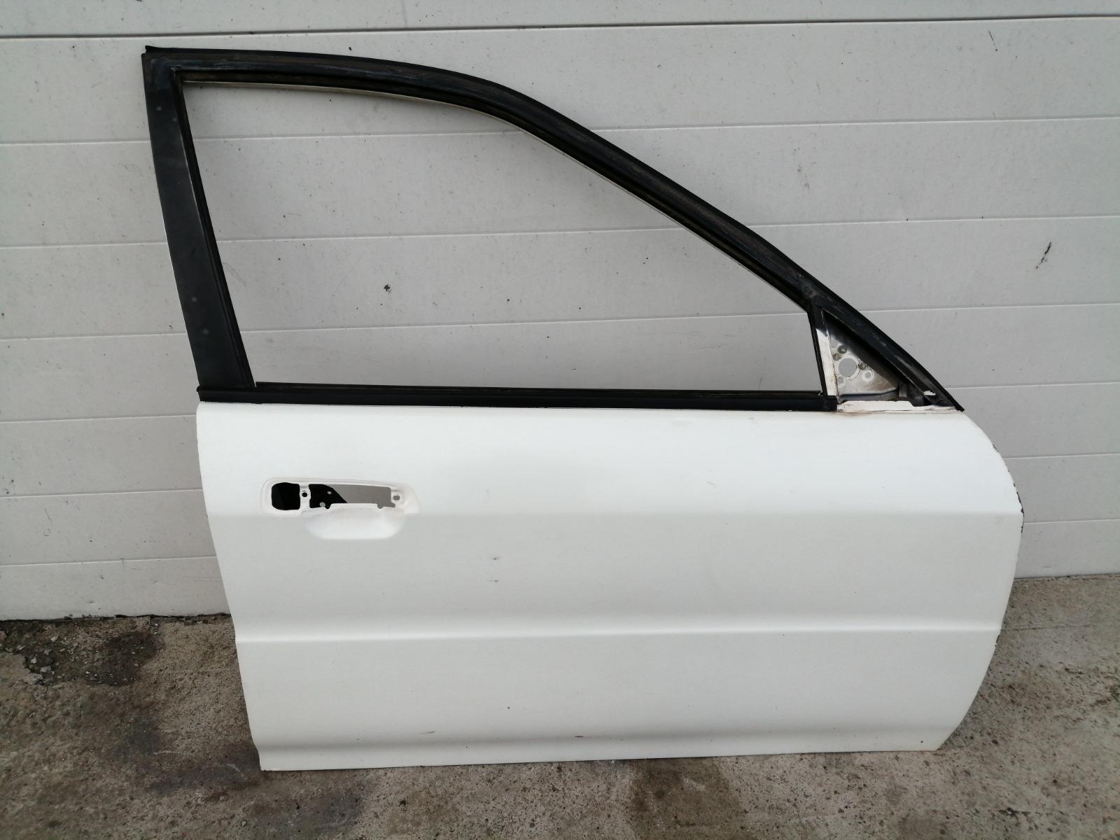 Дверь Mitsubishi Lancer CK5A 4G93 1998 передняя правая