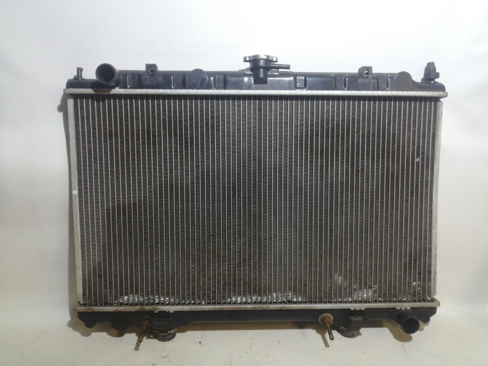 Радиатор охлаждения двигателя Nissan Cefiro A33 VQ20DE 1999