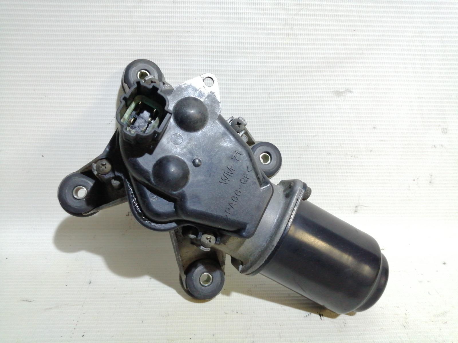 Мотор стеклоочистителя Nissan Cefiro A33 VQ20DE 1999 передний