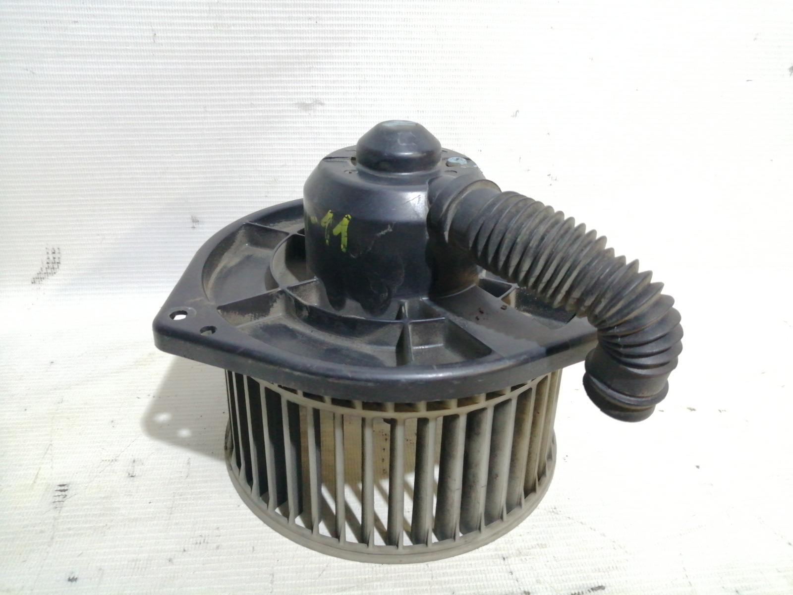Мотор печки Nissan Cefiro A33 VQ20DE 1999