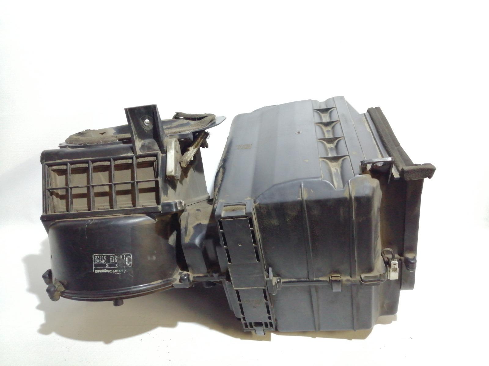 Корпус моторчика печки Nissan Cefiro A33 VQ20DE 1999