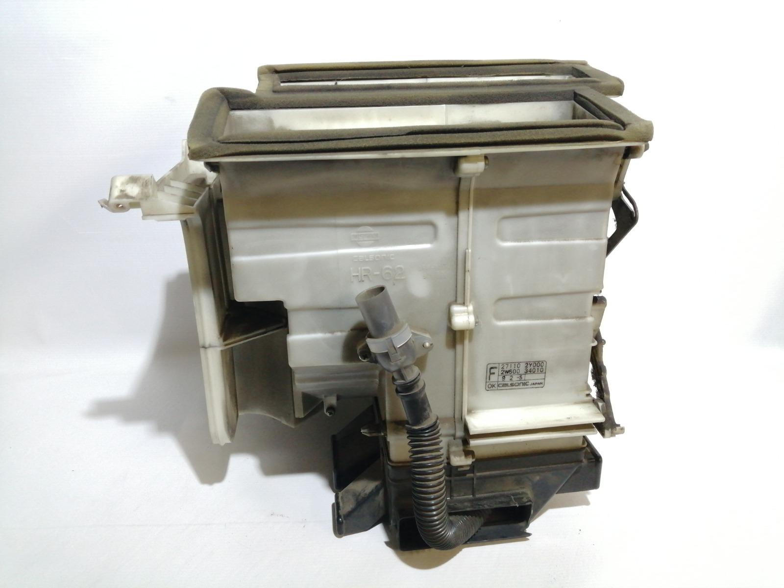 Корпус отопителя Nissan Cefiro A33 VQ20DE 1999