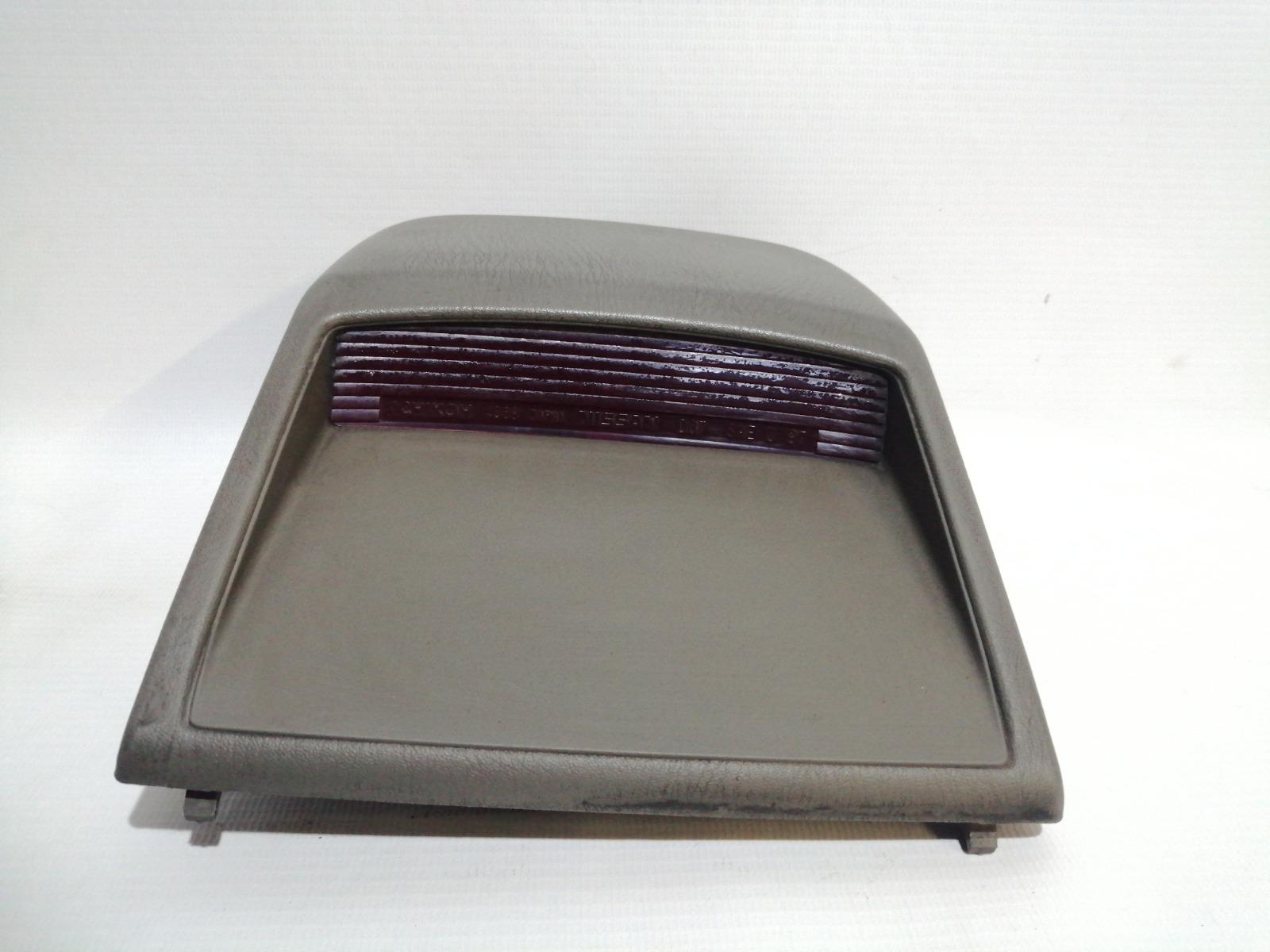 Повторитель стоп-сигнала Nissan Cefiro A33 VQ20DE 1999