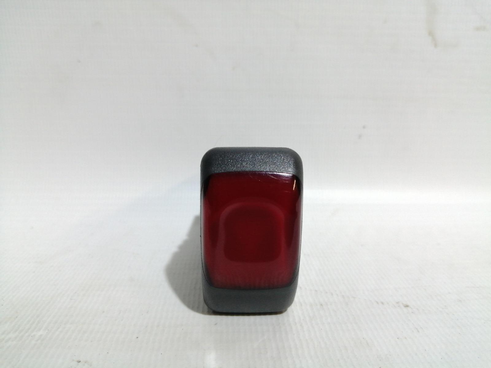 Кнопка включения аварийной сигнализации Nissan Cefiro A33 VQ20DE 1999