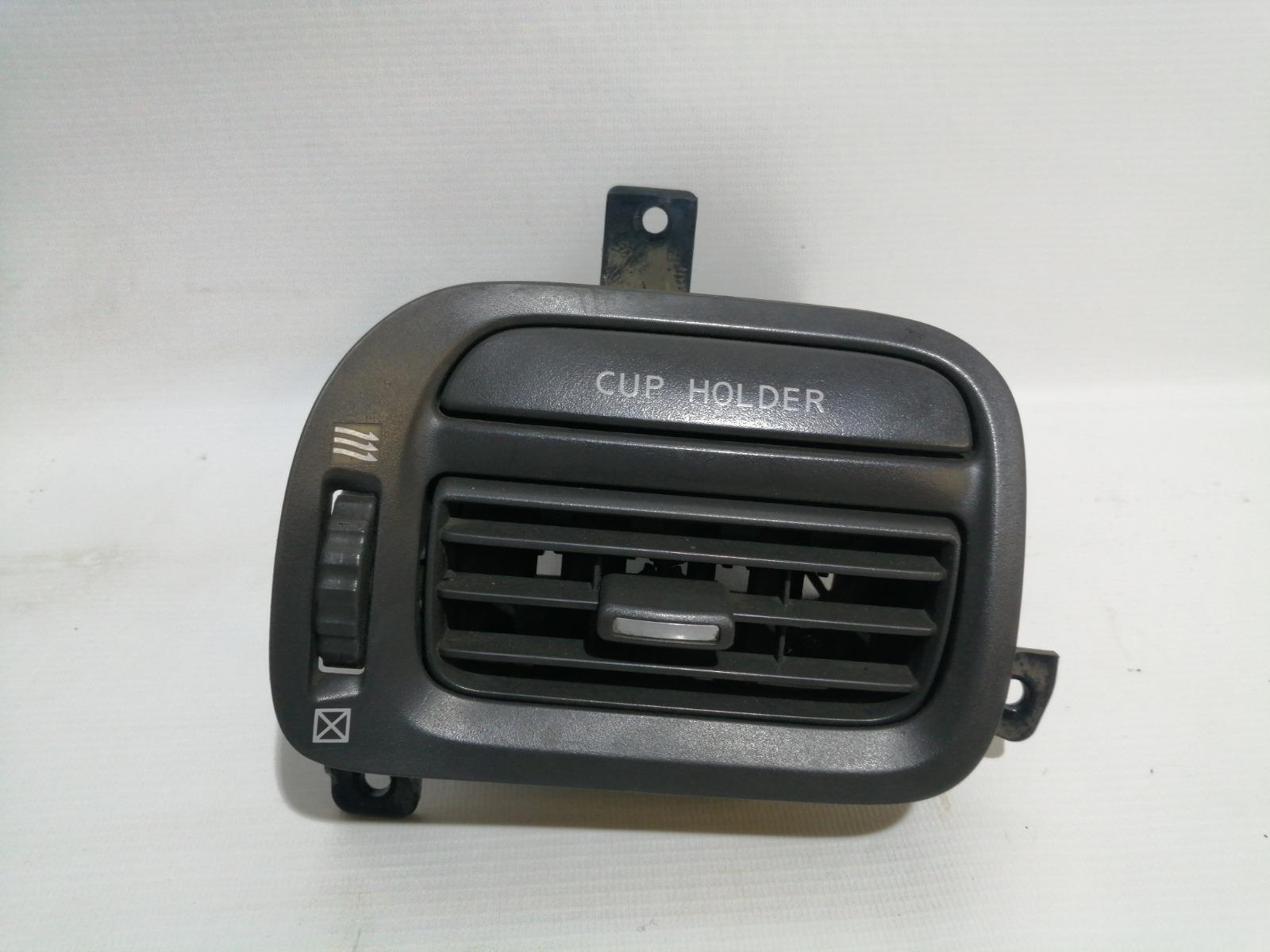 Решетка вентиляционная Nissan Cefiro A33 VQ20DE 1999 левая