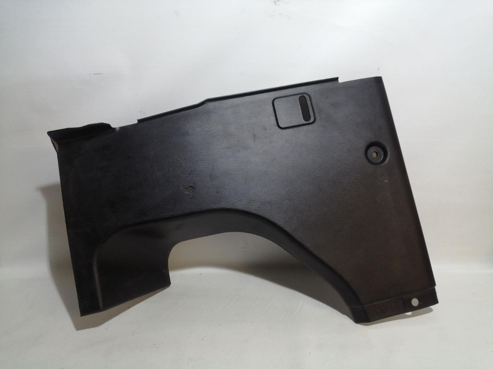 Обшивка багажника Nissan Cefiro A33 VQ20DE 1999 задняя правая