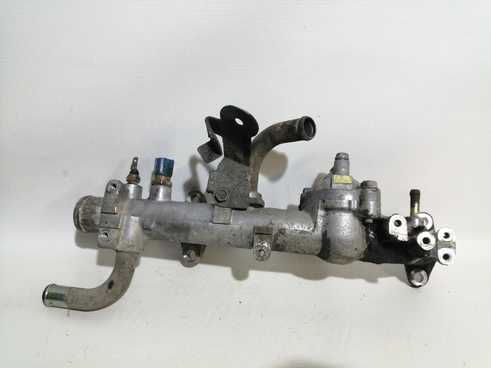 Корпус термостата Nissan Cefiro A33 VQ20DE 1999