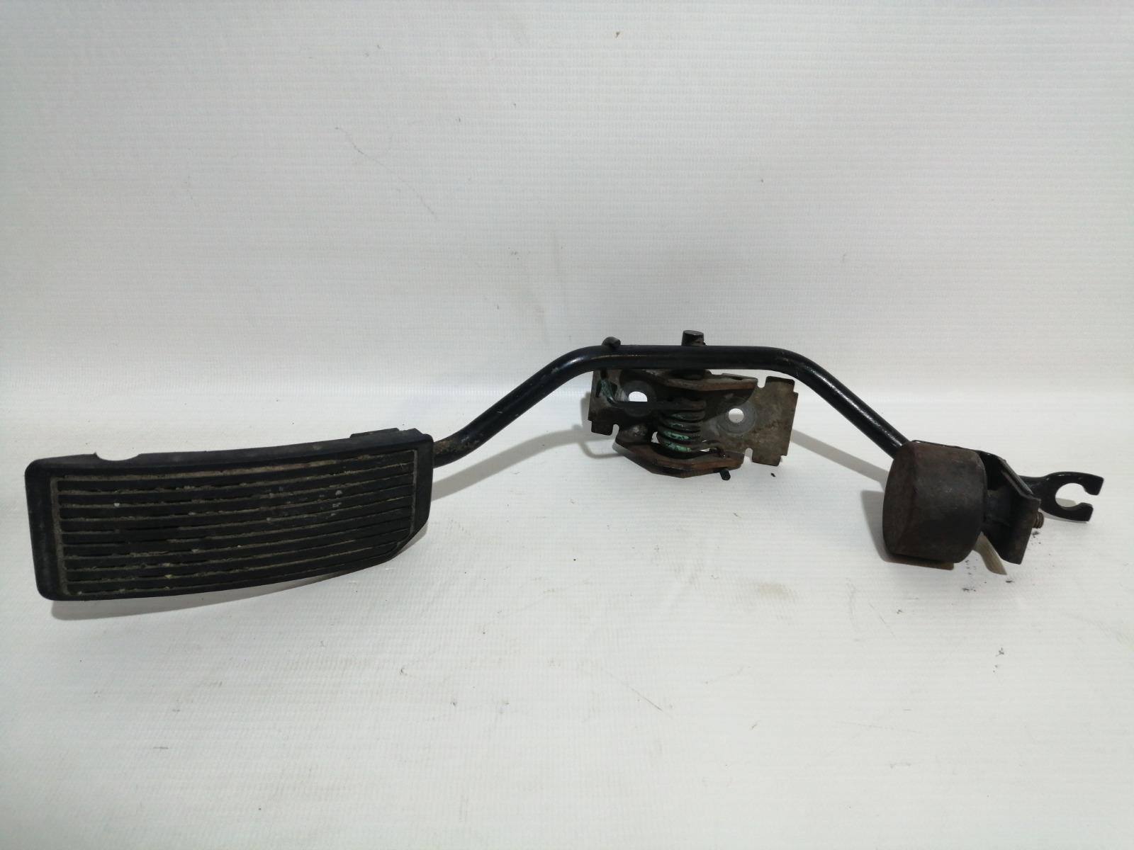 Педаль газа Nissan Cefiro A33 VQ20DE 1999