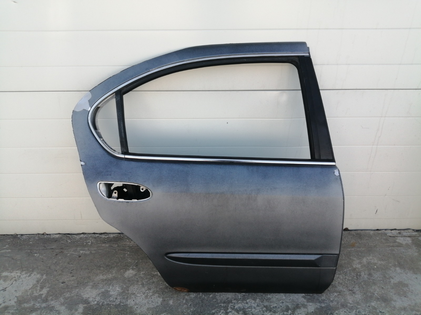 Дверь Nissan Cefiro A33 VQ20DE 1999 задняя правая