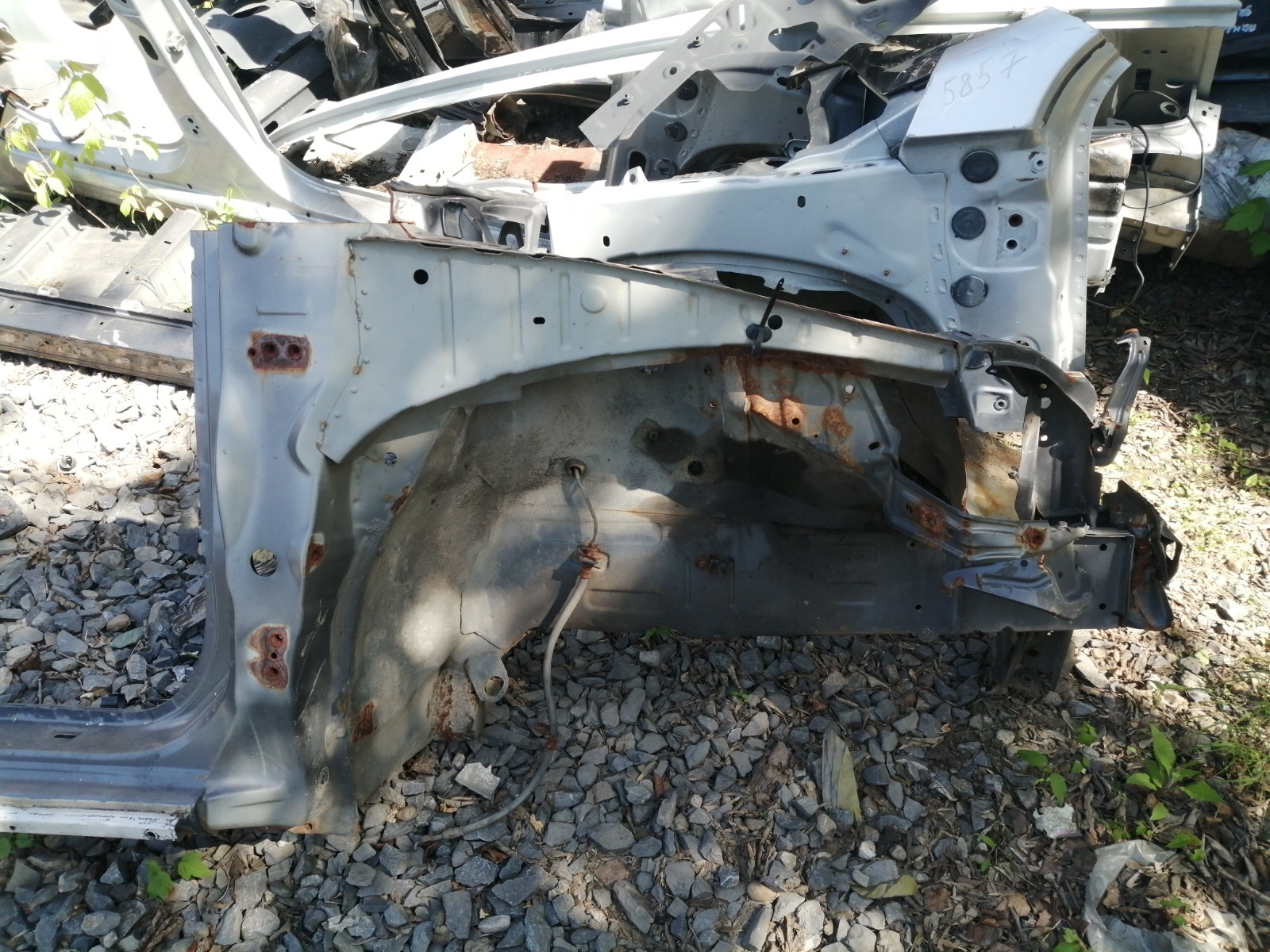 Лонжерон Geely Mk Cross 5A-FE 2013 передний правый
