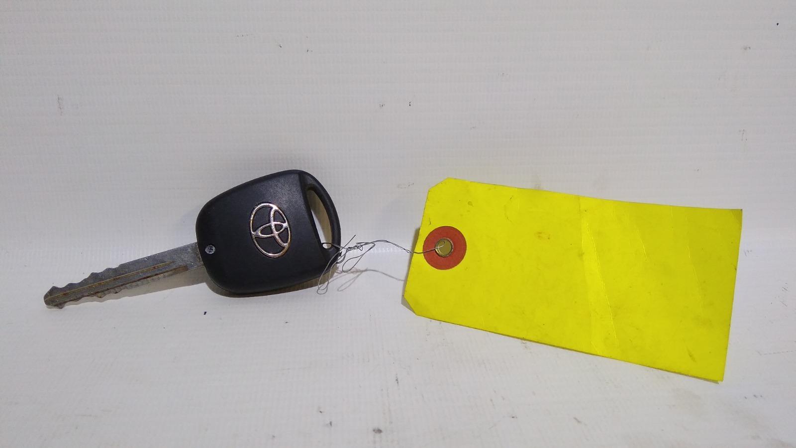 Ключ зажигания Toyota Avensis AZT250 1AZFSE 2004