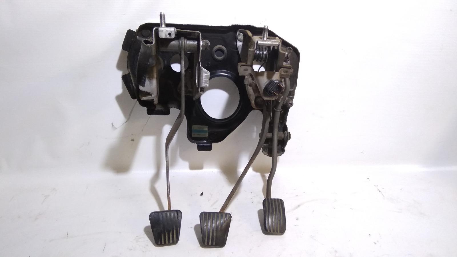 Педальный узел Daewoo Nexia KLETN F16D3 2010
