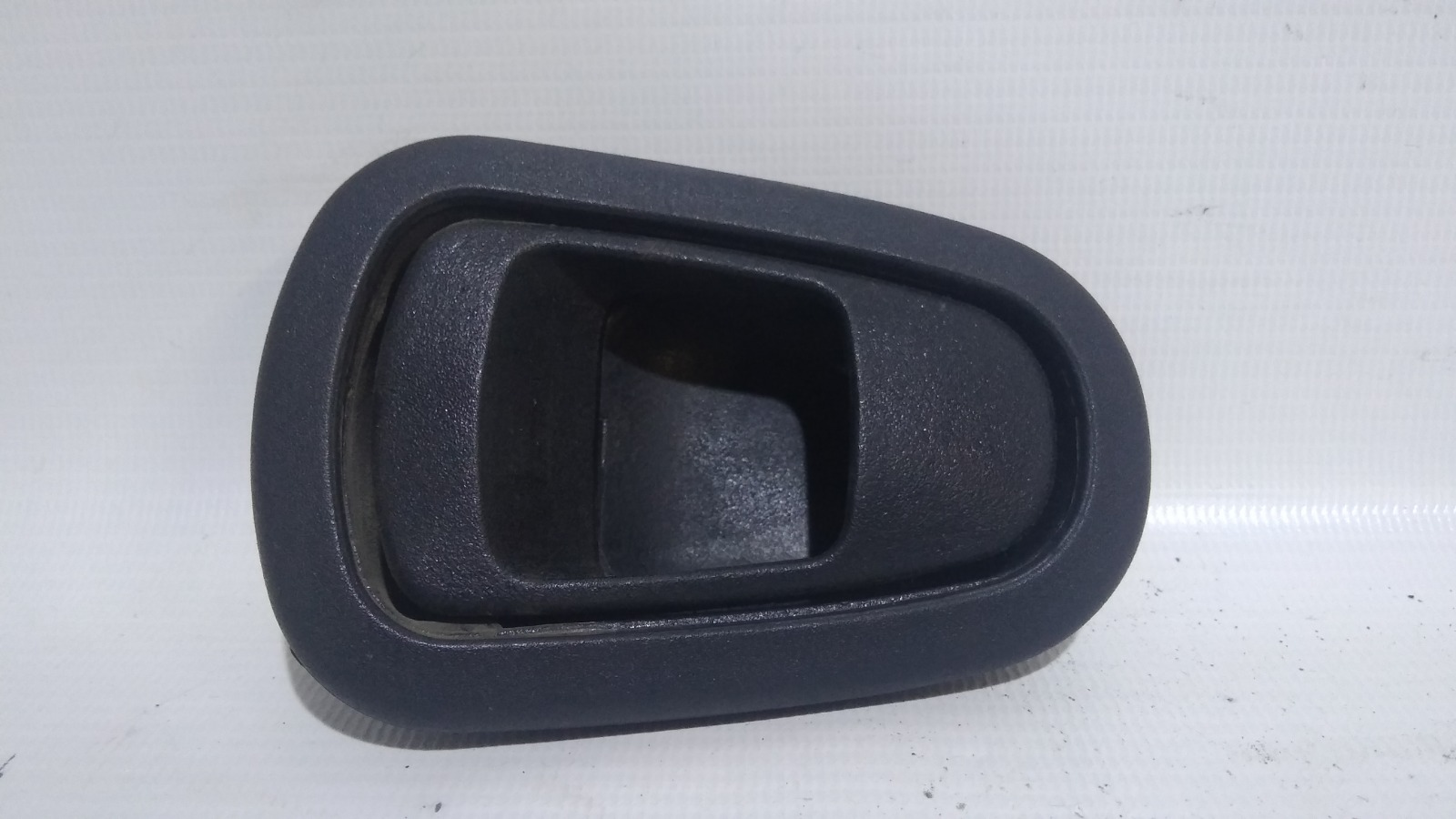 Ручка двери внутренняя Daewoo Nexia KLETN F16D3 2010 задняя левая