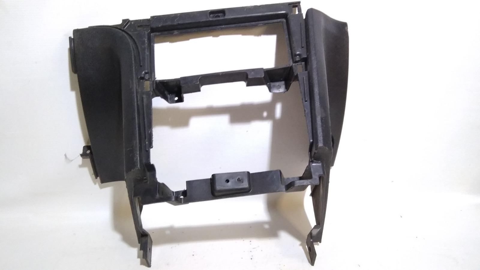 Накладка центральной консоли Daewoo Nexia KLETN F16D3 2010