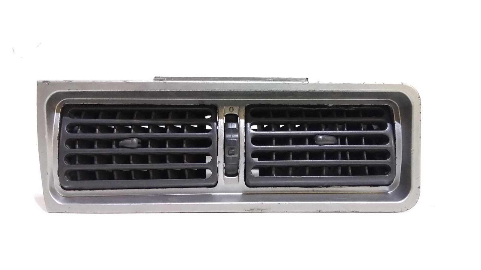 Решетка вентиляционная Daewoo Nexia KLETN F16D3 2010