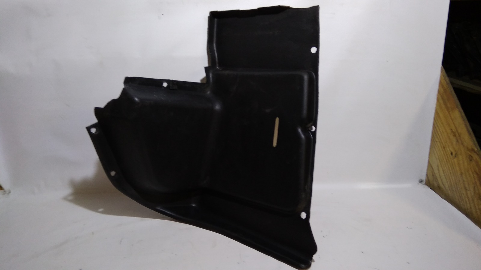 Обшивка багажника Daewoo Nexia KLETN F16D3 2010 задняя правая