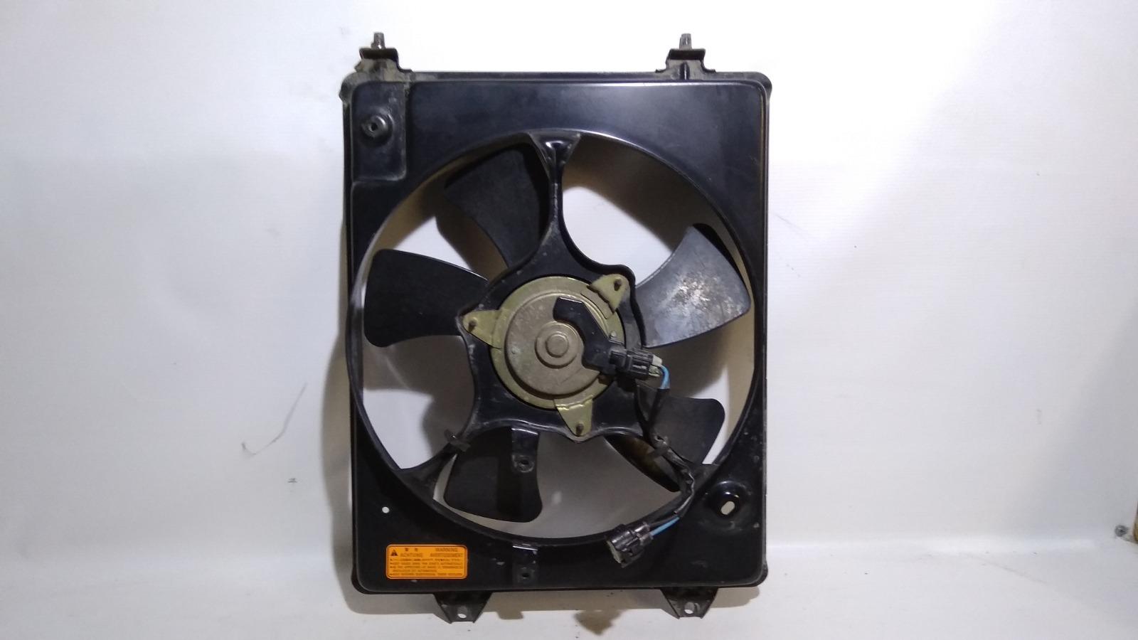 Диффузор радиатора Mitsubishi Airtrek CU2W 4G63T 2003