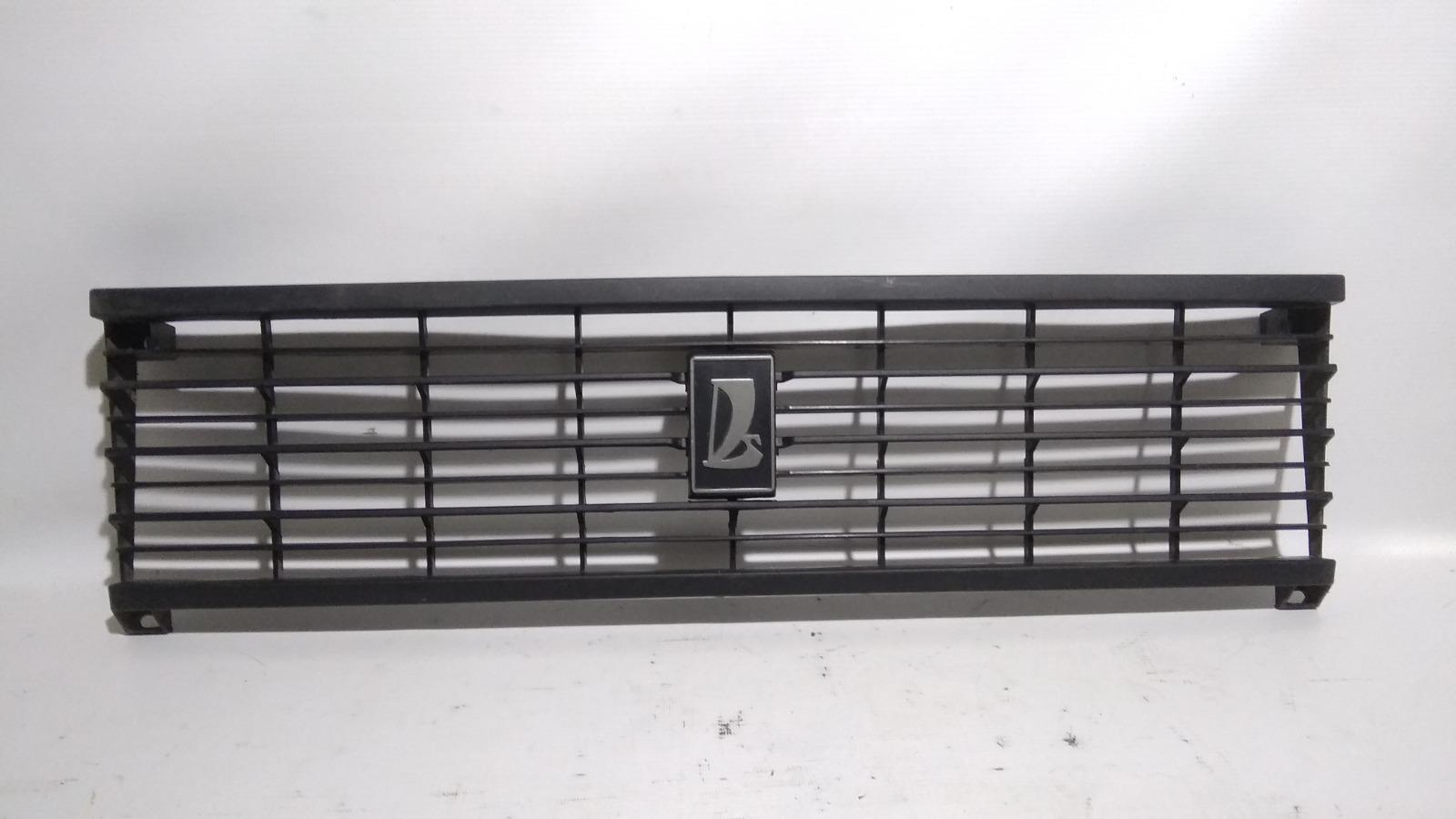 Решетка радиатора Лада 2104 21041 BAZ2104 1984