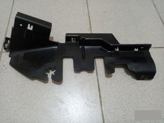 Запчасть дефлектор радиатора правый VW Passat 2006-2011