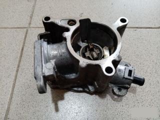 Запчасть вакуумный насос VW Passat 2006-2011