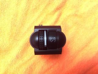 Запчасть кнопка корректора фар передняя левая VW Touareg 2003-2010