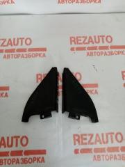 Запчасть треугольник двери Nissan Primera