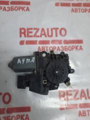 Запчасть мотор стеклоподъемника передний левый AUDI A4