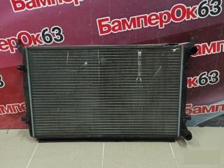Запчасть радиатор охлаждения Skoda Octavia 2004