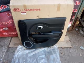 Запчасть обшивка двери передняя правая Kia Soul 2014