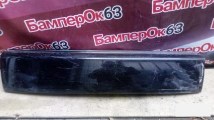 Запчасть накладка двери багажника задняя Mitsubishi Outlander 2006
