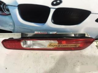 Запчасть фонарь задний левый Ford Focus 2005