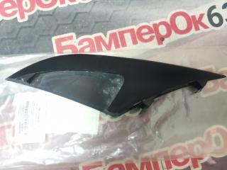Запчасть накладка решетки радиатора передняя правая Porsche Macan 2013