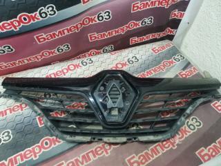 Запчасть решетка радиатора Renault Kaptur 2016