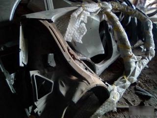 Запчасть боковина кузова правая Geely MK Cross 2011