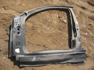 Запчасть боковина кузова передняя левая Ford Mondeo 2000